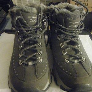 Women's Skechers Casual Boots Grey size 7.5